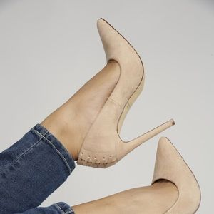 Shoes - Camel pointed toe heels